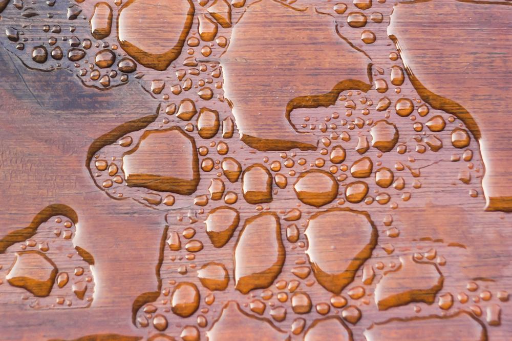 jak ochránit dřevo před vodou
