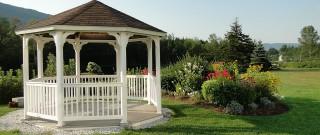 Jak zútulnit zahradní altán?